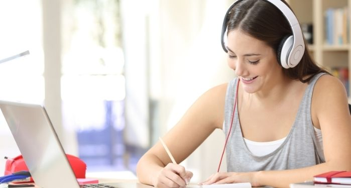 female student on a General English online course